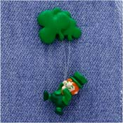 Vintage Hallmark Irish Leprechaun With Balloons Pin