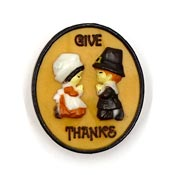 Vintage Hallmark Give Thanks Praying Pilgrims Pin 1970's