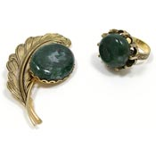 Vintage Green Agate Or Quartz Pin And Ring Set
