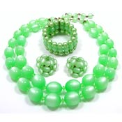 Green Moonglow Necklace Earring And Bracelet Set Vintage
