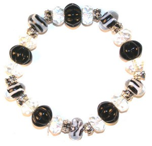 Black And White Bracelet By Iris