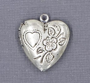 Antiqued Silver Heart Locket