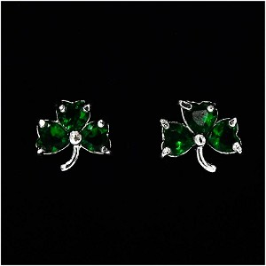 Green Crystal Shamrock Earrings By Avon NIB