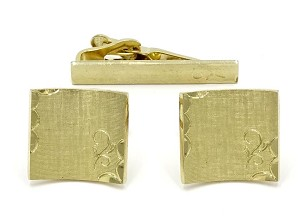 Curved Square Textured And Engraved Cufflink And Tie Clip Set Swank