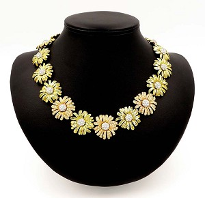 Amazing Gold And Rose Gold Rhinestone Daisy Flower Necklace