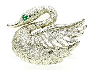 Vintage Little Swan Scatter Pin By Gerrys