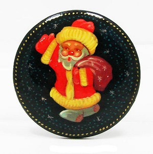 Vintage Handpainted Russian Lacquer Santa Pin