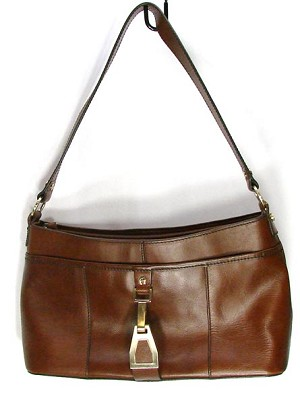0f3eb55f2305 Vintage Etienne Aigner Brown Leather Purse