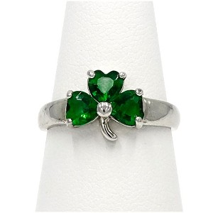 Green Crystal Shamrock Ring By Avon Size 8
